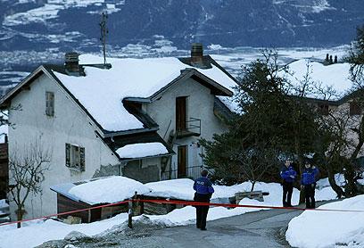 ירי קטלני בכפר הציורי. זירת האירוע בכפר דיון (צילום: רויטרס) (צילום: רויטרס)