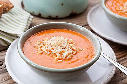 מרק עגבניות ואורז (צילום: שירן כרמל) (צילום: שירן כרמל)