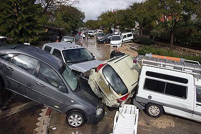 נזקי הסופה בשנה שעברה  (צילום: AFP) (צילום: AFP)