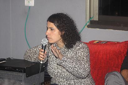 אסמא אגבאריה-זחאלקה, השבוע בחוג בית בערערה ()