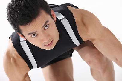 השריר אינו מספיק להתארך ולפתח אלסטיות מספקת (צילום: shutterstock) (צילום: shutterstock)