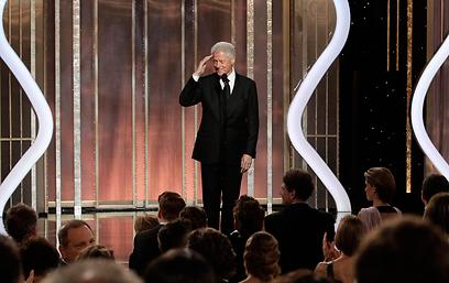 ביל קלינטון מצדיע לנשיא לינקולן, וגם לסטיבן שפילברג (צילום: AP) (צילום: AP)
