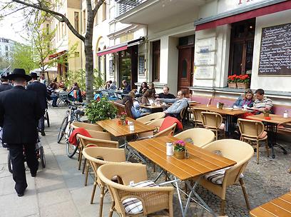 שכונת פרנצלאואר ברג מלאה במסעדות טובות וזולות להפליא (צילום: MCT) (צילום: MCT)