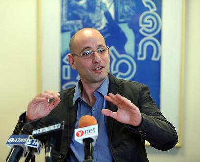 4 חודשים בלבד בתפקיד. אמיר הוכפלד (צילום: עוז מועלם) (צילום: עוז מועלם)