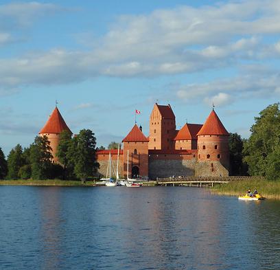 אחד המקומות הייחודיים בליטא. מצודת טראקאי  (צילום:  עמרי גלפרין, טבע הדברים) (צילום:  עמרי גלפרין, טבע הדברים)