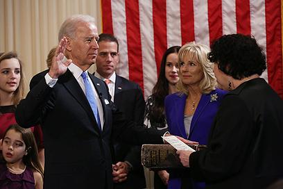 ההשבעה של ביידן לכהונה שנייה כסגן הנשיא (צילום: EPA) (צילום: EPA)