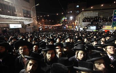 """""""הציונים הם עמלקים אמיתיים, ועל כן חייב כל יהודי לנהל נגדם מלחמת חורמה"""". העצרת אמש (צילום: גיל יוחנן) (צילום: גיל יוחנן)"""