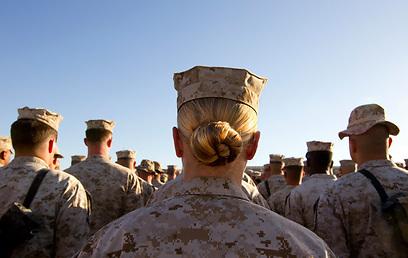 חיילת אמריקנית באפגניסטן          (צילום: Gettyimages) (צילום: Gettyimages)