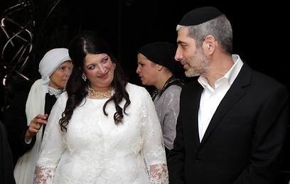 אלישבע וגיל בחתונתם. היא רצתה לשדך - ומצאה אהבה (צילום: גיל יוחנן) (צילום: גיל יוחנן)