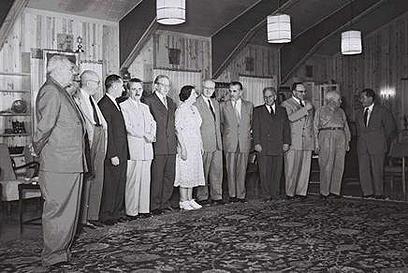 """ממשלת שרת, 1955. בצמצומים (צילום: משה פרידן, לע""""מ) (צילום: משה פרידן, לע"""