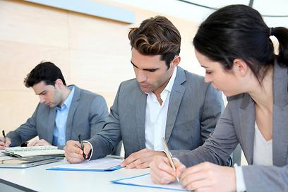 מחפשים שחקן קבוצתי או עובד עצמאי? (צילם: shutterstock)