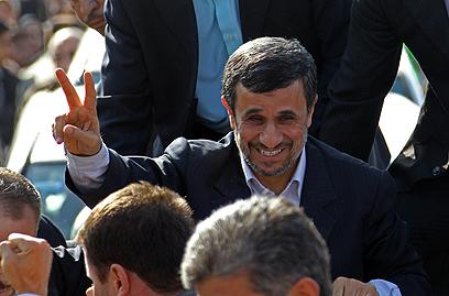 """אחמדינג'אד. """"תרשו לי לא להיגרר לפרטים המבצעיים"""" (צילום: AFP) (צילום: AFP)"""
