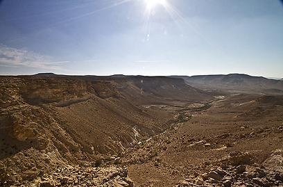כ-1,300 אתרים ארכיאולוגיים. הר כרכום (צילום: רון פלד) (צילום: רון פלד)