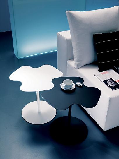 שולחן זוגי בפינת הטלוויזיה. ביחד ולחוד (צילום: רשת אליתה ליוינג) (צילום: רשת אליתה ליוינג)