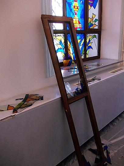 """בנס לא היו נפגעים בבית הכנסת (באדיבות: אתר חב""""ד COL) (באדיבות: אתר חב"""