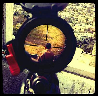 תמונת הצלף והילד הפלסטיני ()