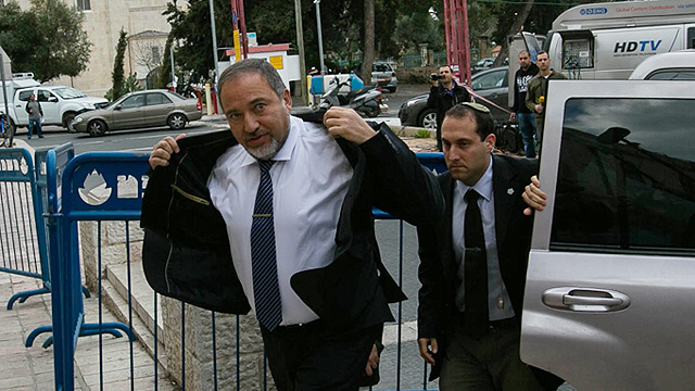 Cell gathered intel on Lieberman's convoy (Photo: Ohad Zwigenberg)