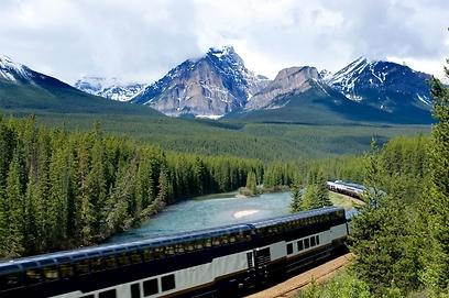 לראות כל פסגה, כל קניון, כל נהר. רכבת הרוקי המאונטניר  (צילום: shutterstock) (צילום: shutterstock)