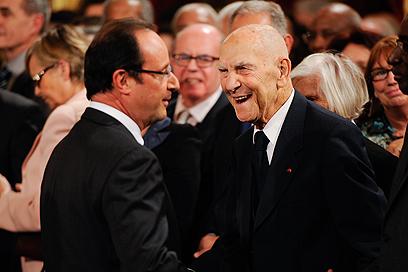 עם נשיא צרפת פרנסואה הולנד (צילום: MCT) (צילום: MCT)