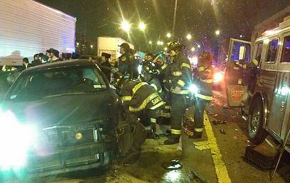 זירת התאונה (צילום: באדיבות קבוצת נייעס בווטסאפ ) (צילום: באדיבות קבוצת נייעס בווטסאפ )