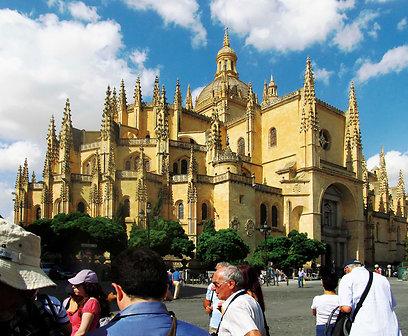 הקתדרלה של סגוביה - אחת משכיות החמדה של אירופה (צילום: שלמה צדקיהו) (צילום: שלמה צדקיהו)