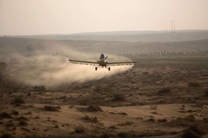 משיבים מלחמה מהאוויר (צילום: AFP) (צילום: AFP)
