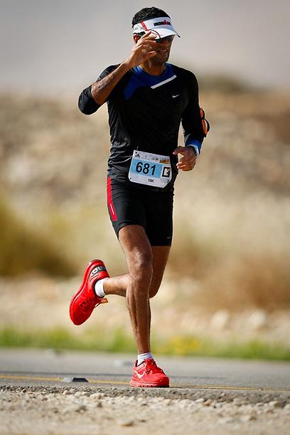 הכירו את רגליכם. רק כך אפשר לבחור את סוג הנעליים הנכון (צילום: באדיבות www.zalemoti.com ) (צילום: באדיבות www.zalemoti.com )