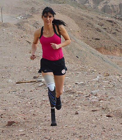 לא מפסיקה לרוץ (צילום: מאיר אוחיון) (צילום: מאיר אוחיון)