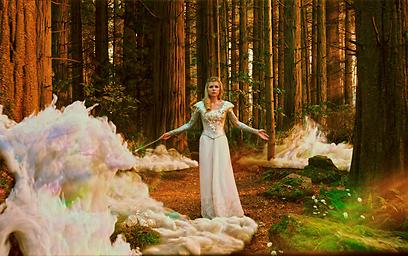 """מי פה המכשפה הרעה? מישל וויליאמס ב""""ארץ אוז"""""""