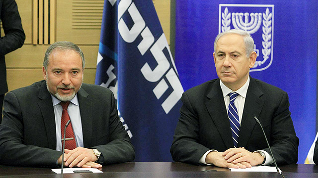 FM Lieberman and PM Netanyahu (Photo: Gil Yohanan)