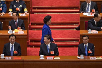 מקור הדאגה הראשי - סין. תחרות הולכת וגוברת ממזרח (צילום: AP) (צילום: AP)