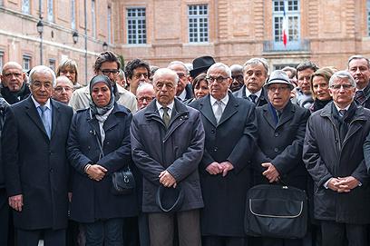 טקס זיכרון בטולוז, היום (צילום: AP) (צילום: AP)