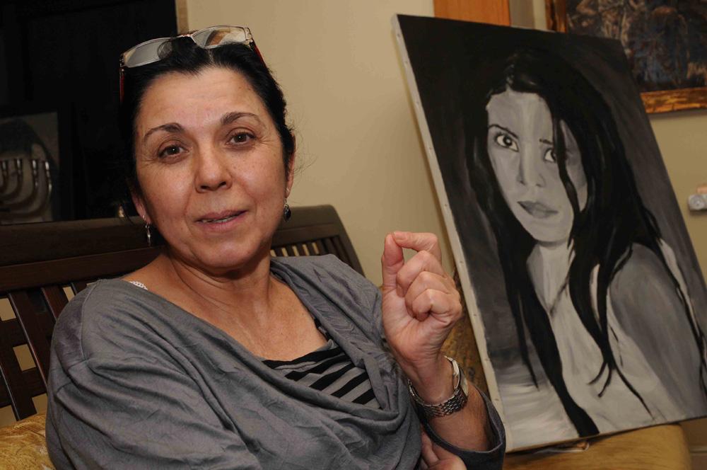 האם אילנה ראדה (צילום: אביהו שפירא) (צילום: אביהו שפירא)