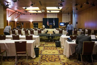 אולם מסיבת העיתונאים שבו יימסרו עדכונים על ביקור אובמה (צילום: אוהד צויגנברג)
