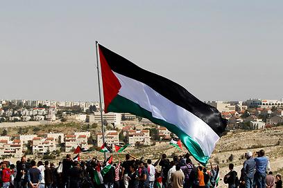 הפגנה פלסטינית בשטח E1 (צילום: רויטרס) (צילום: רויטרס)