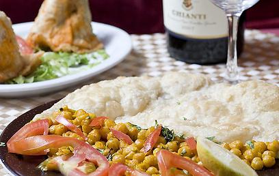 לחם הודי באינדירה (צילום: בועז לביא)