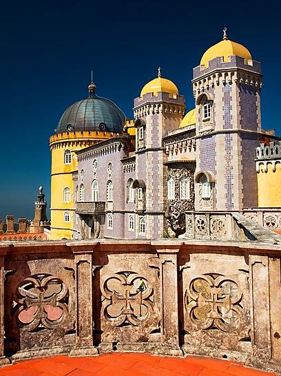 מי אוהב ורוד? ארמונות, בתים וחצרות בוורוד (צילום: shutterstock)