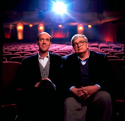 רוג'ר איברט עם שותפו המנוח ג'ין סיסקל (צילום: AP)