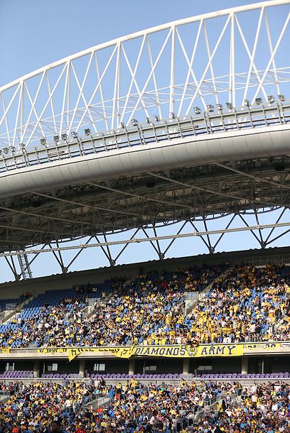 יהיה לוהט. האצטדיון בנתניה (צילום: עוז מועלם) (צילום: עוז מועלם)