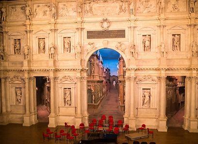 האטרקציה המרכזית של ויצ'נזה. התיאטרון האולימפי (צילום: shutterstock) (צילום: shutterstock)