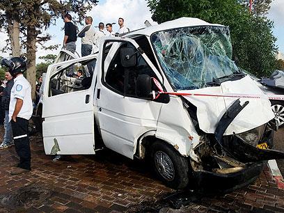 לכוחות ההצלה לקח 40 דקות לפנות את הנפגעים (צילום: חגי אהרון) (צילום: חגי אהרון)