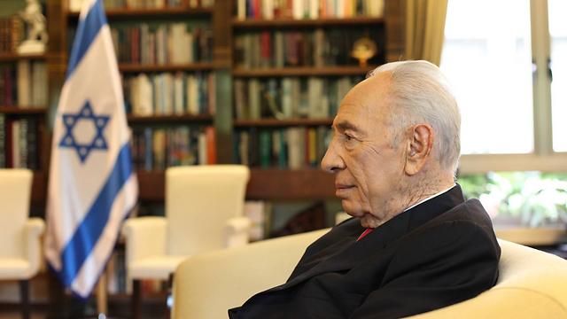 הנשיא לשעבר פרס בראיון ליום העצמאות (צילום: גיל יוחנן) (צילום: גיל יוחנן)