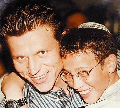 """""""הוא היה מחובר לדת ולערכים"""". ז'אן ואחיו דן ז""""ל (האלבום המשפחתי) (האלבום המשפחתי)"""
