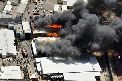 השריפה בכלא מעשיהו (צילום: היחידה האווירית משטרת ישראל)