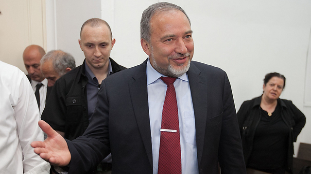 Lieberman in court (Photo: Ohad Zwingenberg) (Photo: Ohad Zwingerberg)