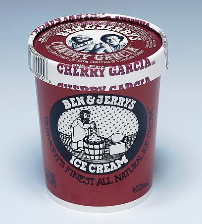 גלידות בן אנד ג'ריס צ'רי גרסיה. בין הטעמים הראשונים שהגיעו לארץ. הטעם לא הצליח פה ויצא מהמגוון (צילום: באדיבות בן אנד ג'ריס)
