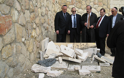 US Congressmen Jerrold Nadler and Eliot Engel (both from New York) with Conference of Presidents' Malcolm Hoenlein and ICPHH's Abe and Menachem Lubinsky (Photo Jeff Daube / ZOA, ICPHH)