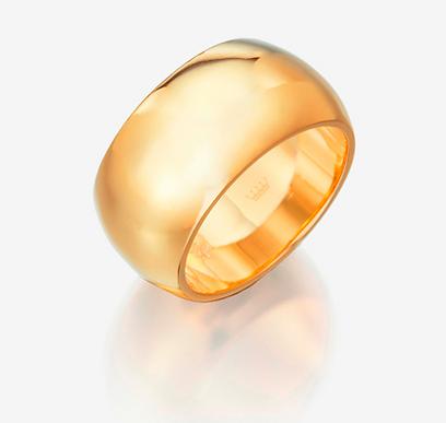 רויאלטי. טבעת נישואין ב-1,390 שקל (צילום: מנחם רייס) (צילום: מנחם רייס)