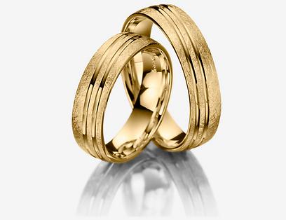 טבעות נישואין עם חיתוכים ברשת אימפרס. 3,000 שקל (צילום: דן לב) (צילום: דן לב)
