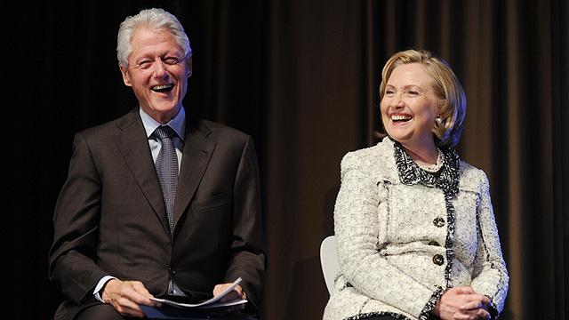 """""""לא היה אכפת לו שהיא דו-מינית"""". ביל והילרי קלינטון (צילום: MCT) (צילום: MCT)"""